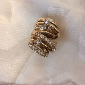 Jewelry - Ring cluster